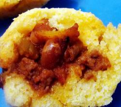Cheesy Chili Stuffed Cornbread Mini Muffins
