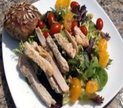 Chefs Diet Video - Turkey Breast on Oat Bun with Cranberry Mayo and Mandarin Salad