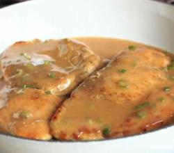Chicken Breasts In A Chipotle & Green Onion Gravy
