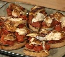 Tomato Chicken Bruschetta