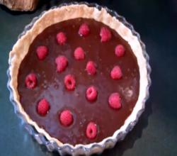 Make a Chocolate Raspberries Tart