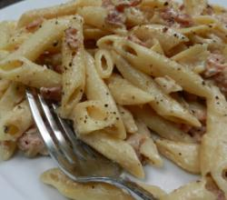 Creamy Bacon Sauce With Penne Pasta