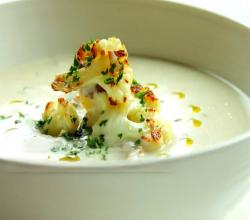 Creamy Cauliflower Soup with Caramelized Cauliflower