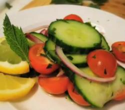 Easy Cucumber and Mint Salad