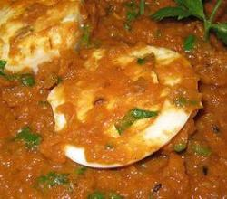 tomato-egg curry by nisha
