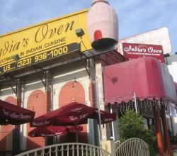 India's Clay Oven Restaurant In Los Angeles