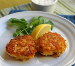 Popular Sauces for Crab Cakes