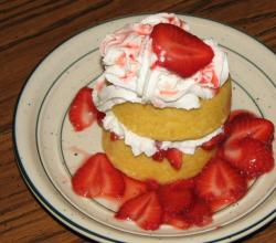 Strawberry Sponge-cake, Great Desert for Mom!