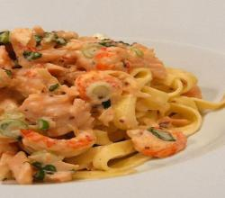 Fettuccine with Scallops and Smoked Salmon