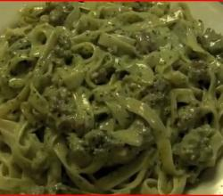 Fettuccine with Italian Sausage and Pesto