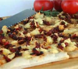 Focaccia Bread with Sun dried Tomatoes and Cheese Topping