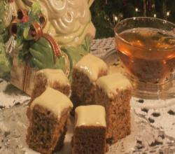 Glazed gingerbread tea cake
