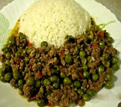 Delicious Ground Beef with Green Peas