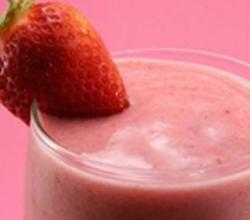 Homemade Strawberry Smoothie