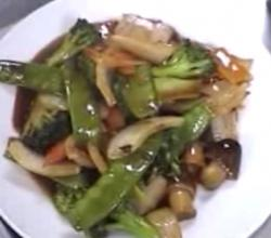 Vegetable Stir Fry with Hot and Spicy Sauce