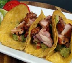 How to Make Beer Marinated Chicken Tacos on the GrillDome