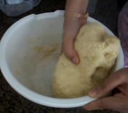 How to Make Dough for Roti / Chapati (Indian Bread)