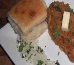 How to Make Pav at Home / Homemade Indian Pav or Dinner Rolls
