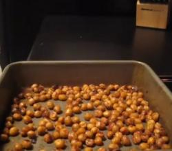 Sweet Spiced Roasted Chickpeas