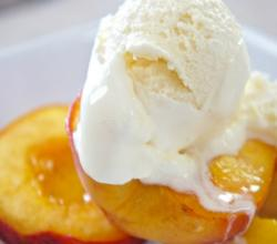 How to Make Roasted Peaches