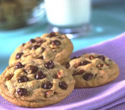 How To Bake Cookies – Chocolate Chips Yummy Cookies