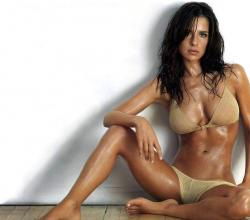 Dancing Star Kelly Monaco's Diet Plan Revealed!