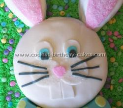 How to Decorate an Easter Bunny Cake