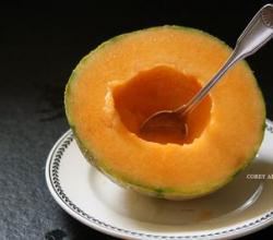How To Make Breakfast Bowl Out Of Melons