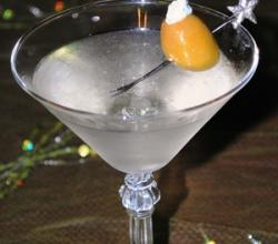 Blue Cheese Martini Garnishing Tips