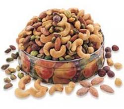 Essential Dried Fruits & Nuts To Keep In Your Pantry