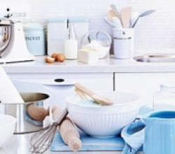 Essential Baking Equipments For Household Kitchen