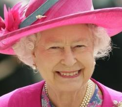 Berkeley Pret-a-Portea - The Royal Collection For Queen's Diamond Jubilee