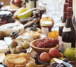 How To Plan A Wine And Cheese Party
