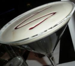 Amaretto Martini Garnishing Tips