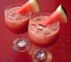8 Delicious Recipes To Make With Melons