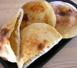 How To Eat Pita