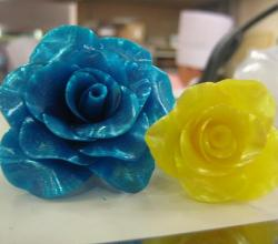Learn How To Make Pulled Sugar Flowers