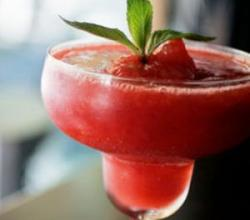 Strawberry Martini Garnishing Tips