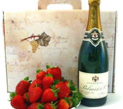 Top 10 Romantic Food Gifts For Valentine's Day