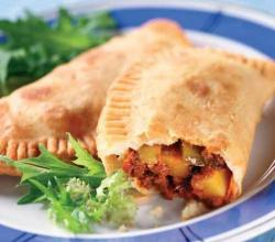 How to eat empanadas? – Stuff It Up To Your Delight