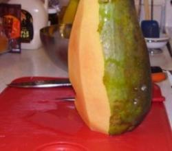 How to peel a papaya and make it attractive to eat too!!