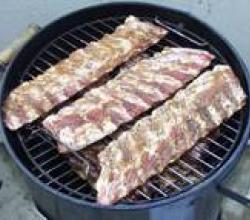 How to smoke barbeque ribs? – Fire, smoke and flavour