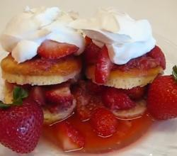 British Favorite Strawberry Shortcakes