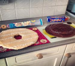 XL Jaffa Cake & Party Ring