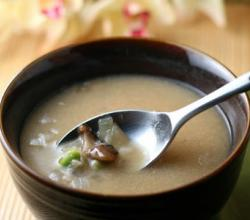 Japanese Miso and Mushroom Soup