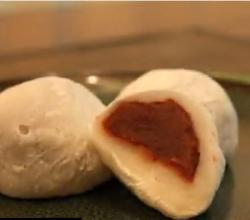 Korean Sweet Rice Cake with Red Bean Paste