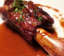 Lamb Shanks with Garlic and Herbs