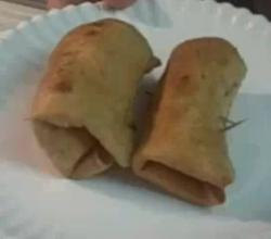 Low Carb Chicken and Coleslaw Egg Rolls