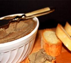 Mackerel Pate With Wholemeal Melba Toasts
