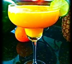 How to Make a Mango Margarita